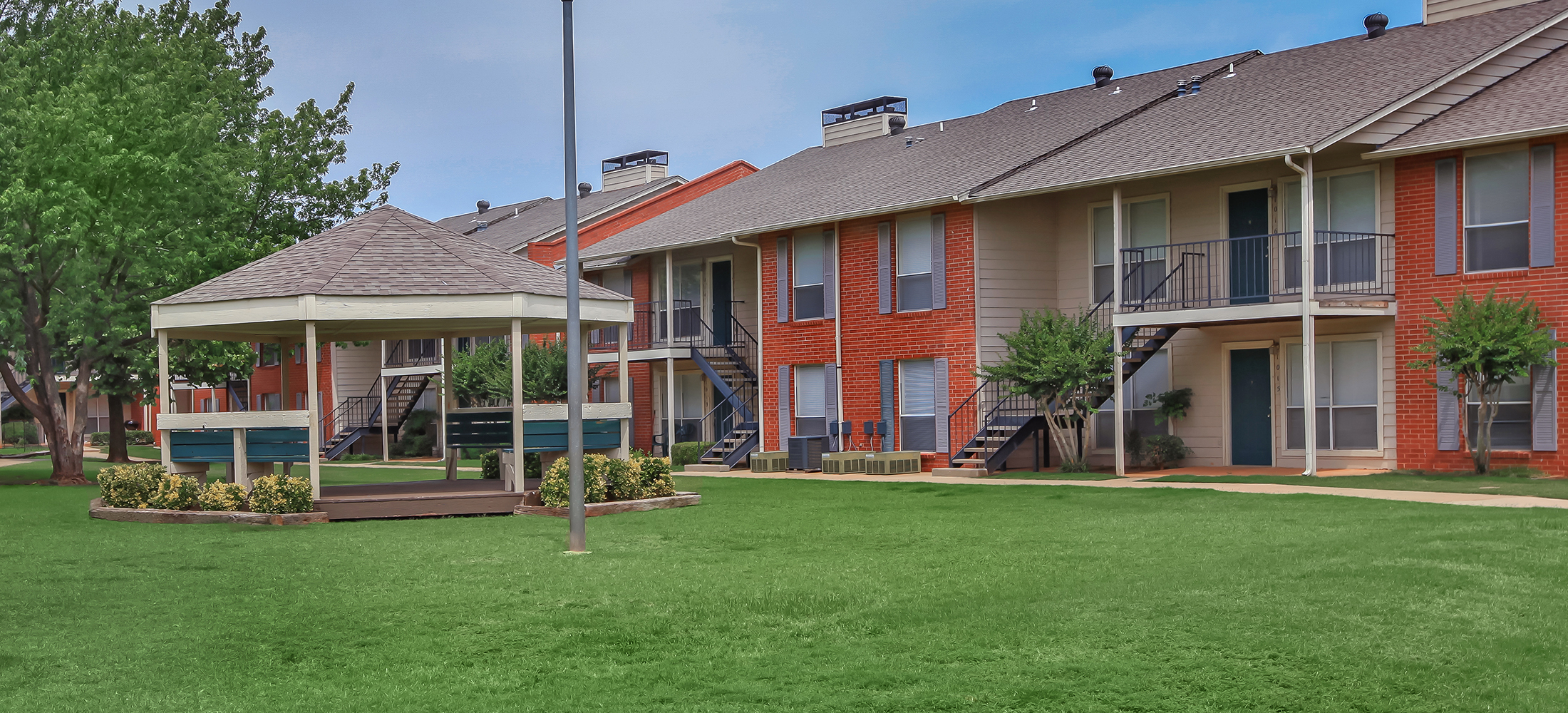 Willow Creek - Apartments in Midwest City, OK